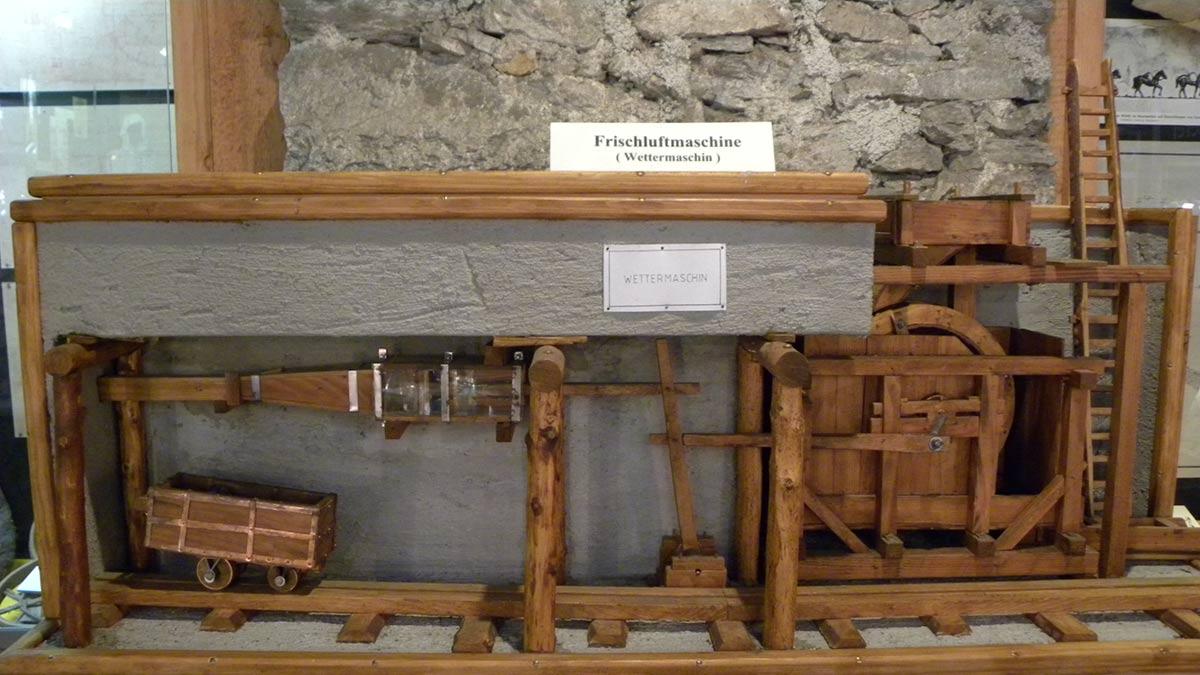 Frischluftmaschine Stollen im Montanmuseum Altböckstein